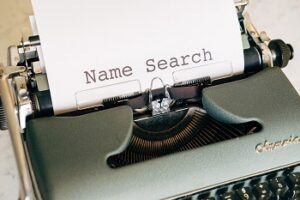 choosing a domain name can be difficult
